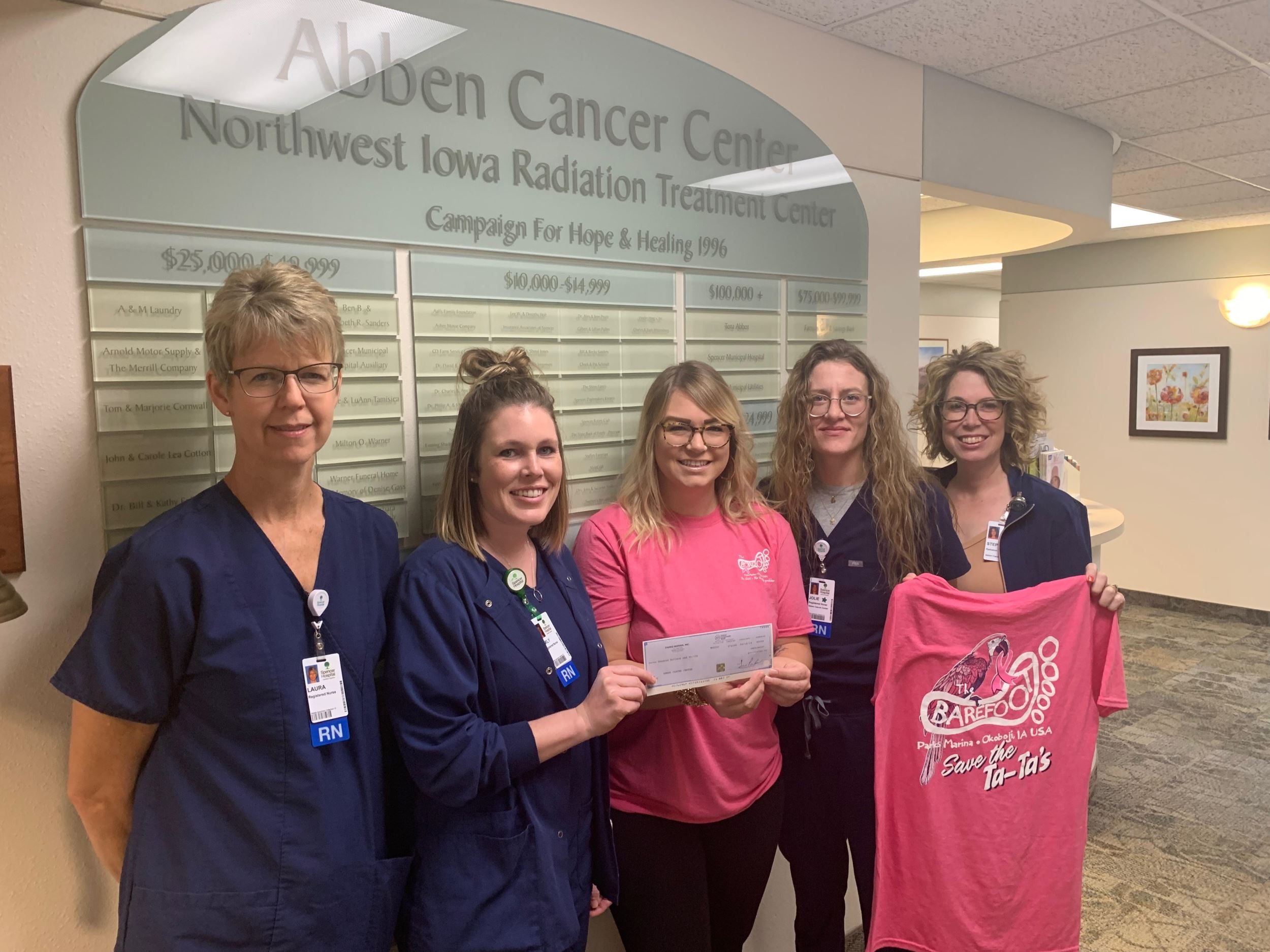 Parks Marina & The Barefoot Bar donate to Abben Cancer Center