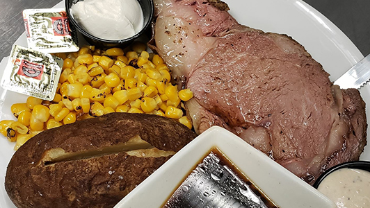 Prime Rib Special at Snappers
